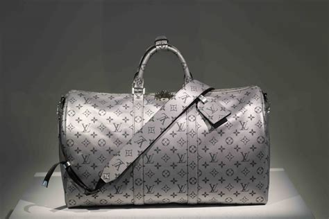 Louis Vuitton Guess Who With The Ss 07 Louis Vuitton Riveting Handbag by Petar