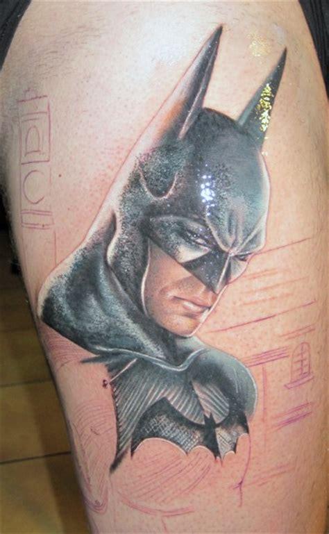 batman tattoo finger batman911 batman tattoo by alex de pase work in
