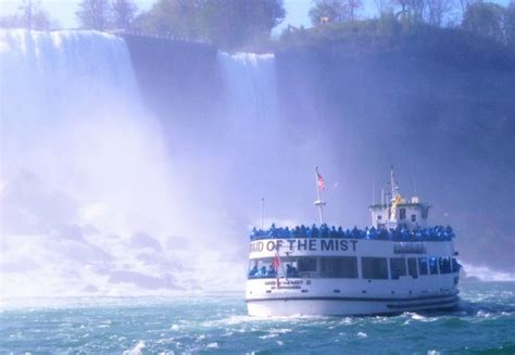 niagara falls boat tour maid of the mist canada maid of the mist boat ride for a close up view of niagara