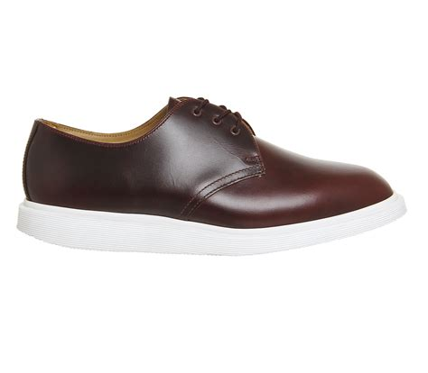 sepatu dr martens low leather 03 dr martens torriano shoes charro brando leather casual