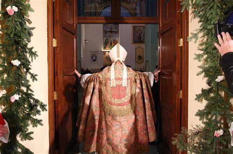 porta di roma apertura la mappa delle porte sante e dei luoghi della misericordia