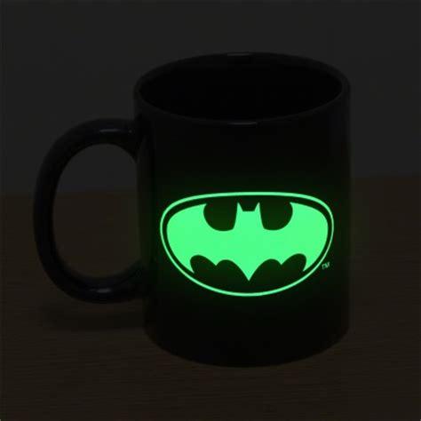 Kaos Logo Batman Glow In The glow in the batman mug