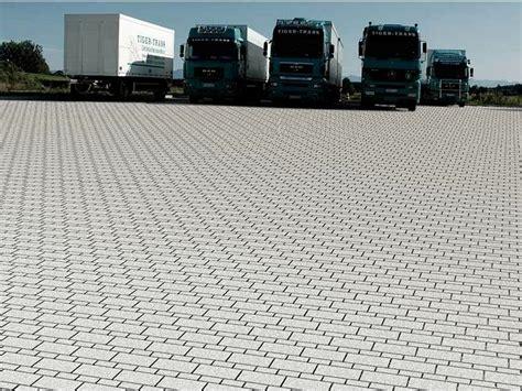 pavimento per esterno carrabile pavimento per esterni carrabile xload 174 bk