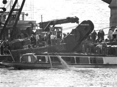 thames river boat sank 1989 life after the marchioness express yourself comment
