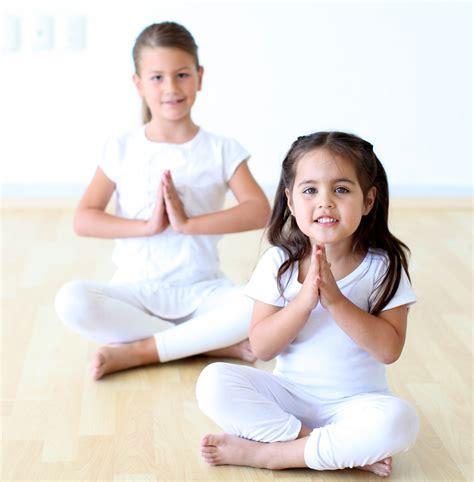 imagenes de niños haciendo yoga yoga para ni 241 os 161 estas son las razones por las que vas a
