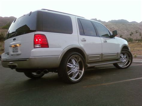 Expedition E6621b Silver Black White whoismootoo 2005 ford expedition specs photos modification info at cardomain