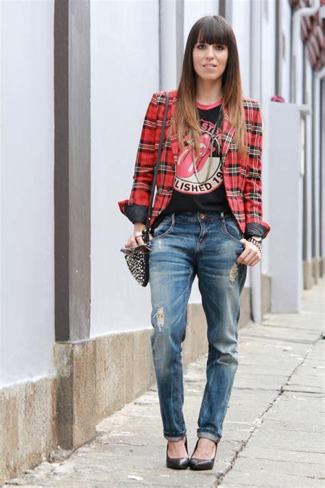 Blazer a cuadros y camiseta rockera   Blog de Moda Costa Rica   Fashion Blog