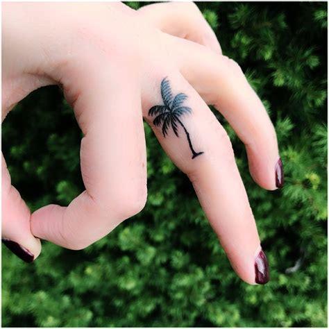 tiny palm tree tattoo best 25 palm tree tattoos ideas on palm tree