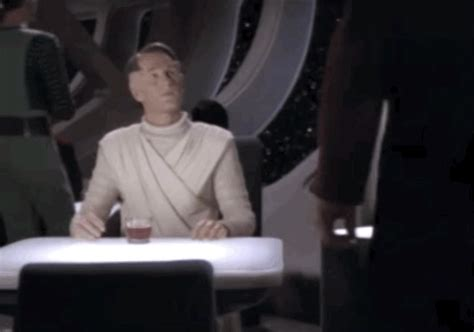 Riker Chair by Here S A Reminder That Riker From Quot Trek Quot Didn T