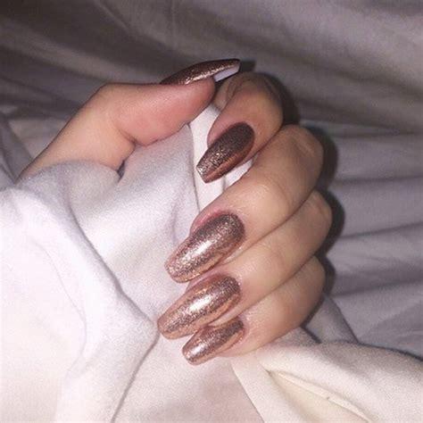 kim kardashian coffin nails khloe kardashian pewter glitter nails steal her style