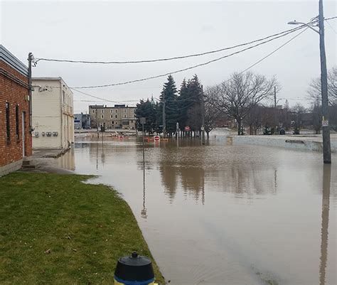 thames river flow rate saturday flood update chatham voice