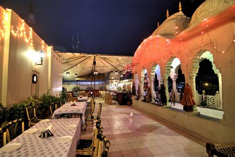 places open 9 restaurants in pondicherry that ll impress you in