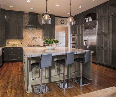 Southern Home Decor Ideas by Casual Gray Kitchen Cabinets Kitchen Craft Cabinetry