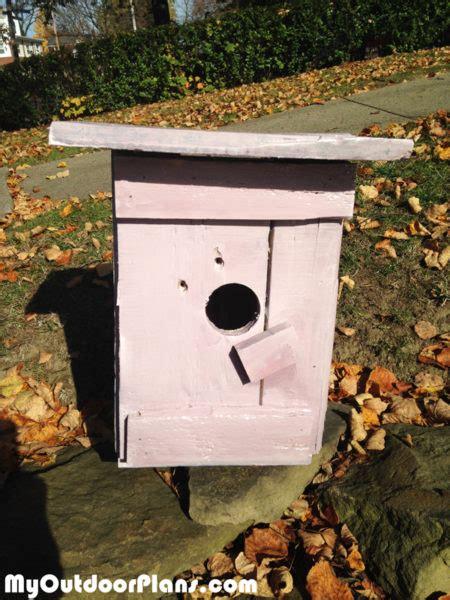 diy simple pallet birdhouse myoutdoorplans