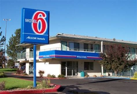 How Much Is A Room At Motel 6 by Hotels Vs Cheap Hotels Sublime Your Time
