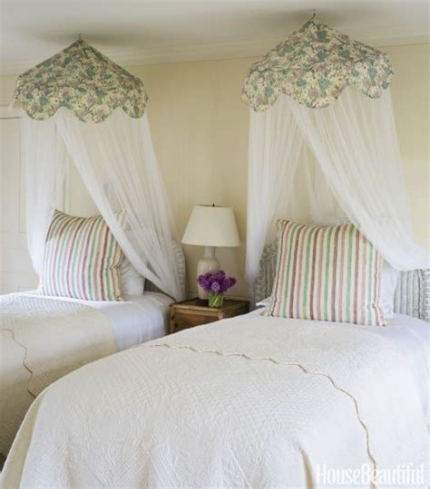 jackie kennedy bedroom 17 best images about dreamy canopy beds on pinterest