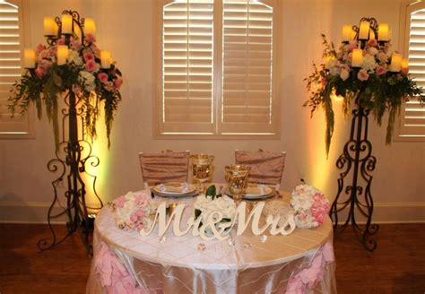 Sweetheart Decorations by Sweetheart Table Idea Wedding Decor
