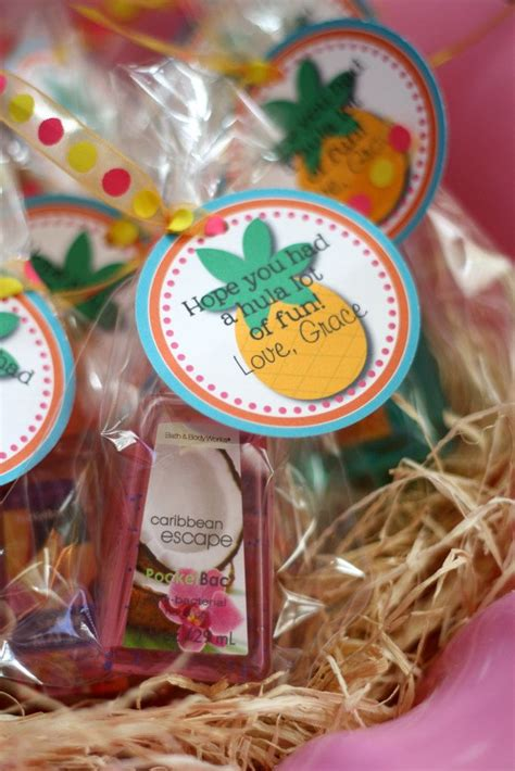 hawaiian wedding shower favors best 25 hawaiian favors ideas that you will like on