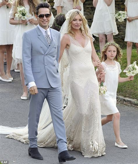 Kate Moss A Zero And Proud Of It by Oggi Sposi Matrimonio Kate Moss Con Hince