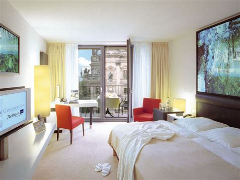 Rooms For by Hotel Rooms Suites Radisson In Berlin Alexanderplatz