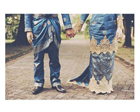 Set Biru Gold 1 1000 Images About Songket Ideas On