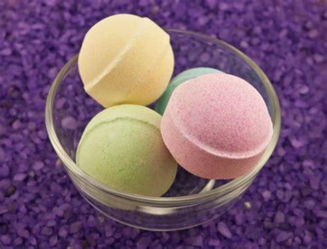 bathtub fizzy balls experiments