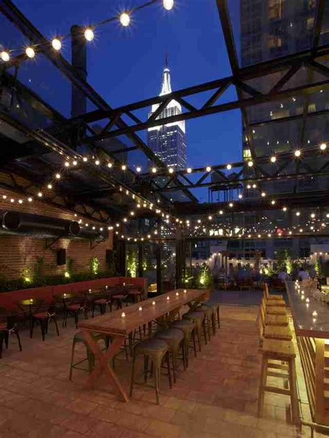 roof top bars in nyc best nyc rooftop bars open year round thrillist