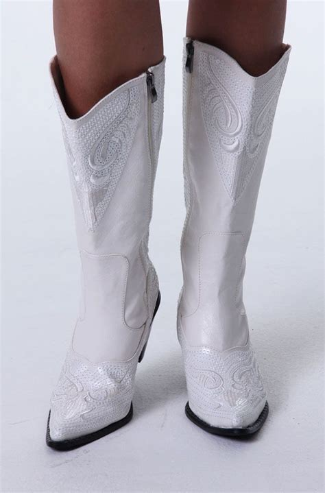 Most Comfortable Cowboy Boots Womens by 25 Best Images About Cowboy Chic On