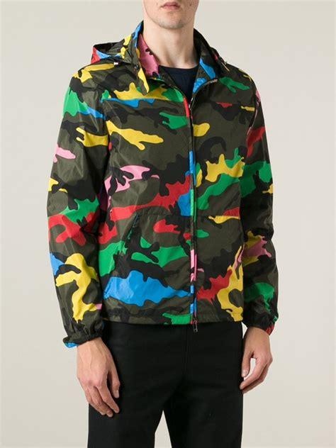 Jacket Hoodies Gojek 06 lyst valentino camouflage print jacket in green for