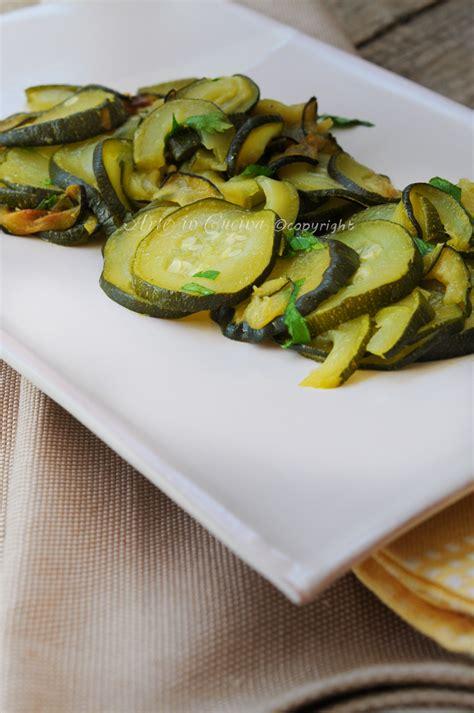 cucinare facile e leggero zucchine trifolate contorno facile veloce leggero arte