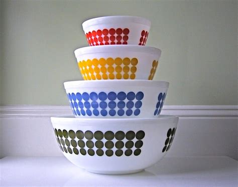 corningware pattern history 1000 images about pyrex corning ware on pinterest