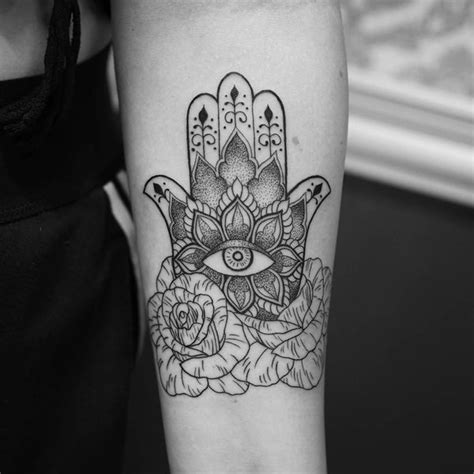 hamsa tattoo designs amp hand of fatima meaning