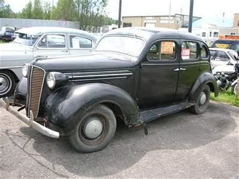 Four Door Sedan by Chrysler Corp The Dodge 1915 To 1949