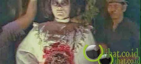 film hantu sundel bolong 10 film hantu indonesia yang paling menyeramkan mata