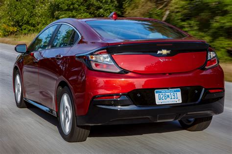 2019 Chevrolet Pictures by 2019 Chevy Volt Pictures Photos Images Gallery Gm
