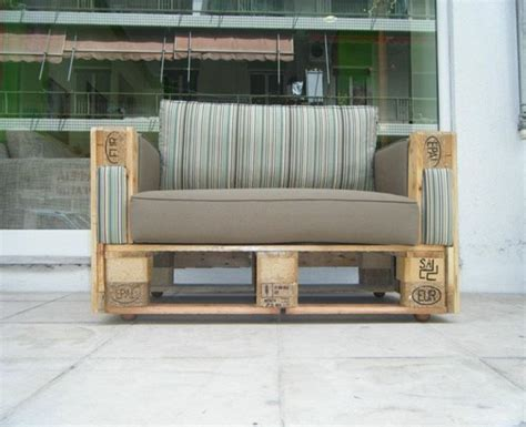 couch made of pallets couches made with wooden pallets pallet ideas recycled