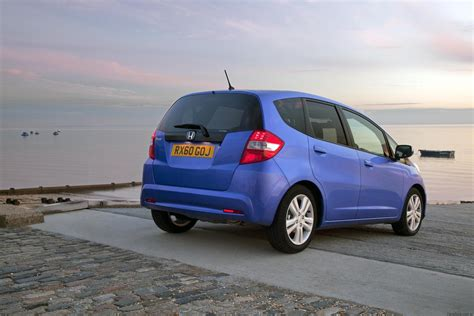 Honda Jazz At 2011 2011 honda jazz facelift revealed for the uk photos 1 of 4