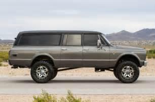 1967 custom chevy suburban 3 door