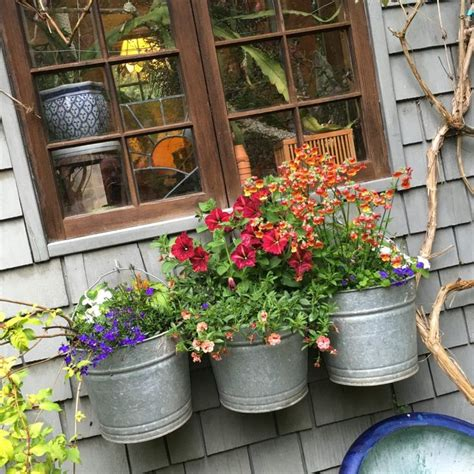 best flowers for small pots planters awesome flowers for planters large planters