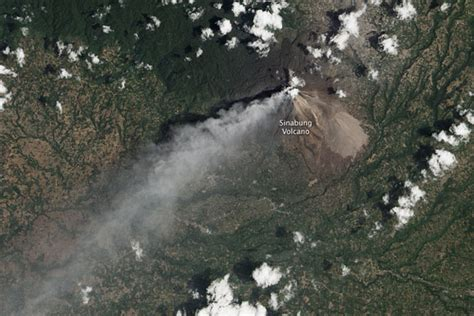 space pattern in indonesia earthquakes to blame for mount sinabung eruptions earth