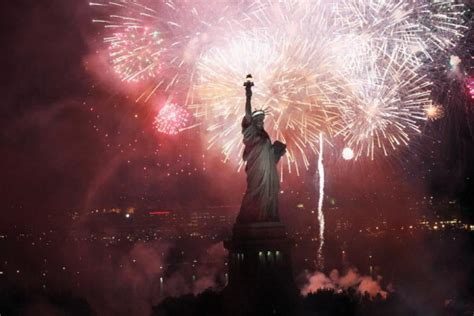 new year nyc fireworks 2015 july 4th nyc events 2015 independence day guide to