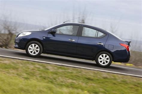 review nissan n17 almera 2012 14