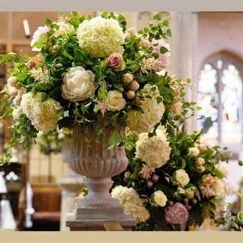 Church Wedding Flower Arrangements by 199 Best Church Flowers Images On Alter