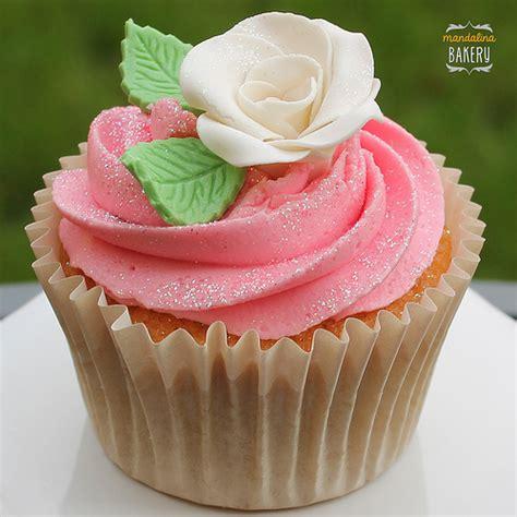 Hochzeit Cupcakes hochzeits cupcake rote cupcakes rezept de
