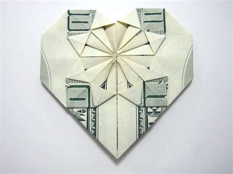 Origami From Money - 50 spectacular origami designs made from money