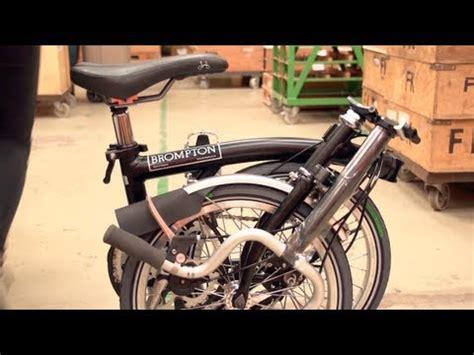 Hoodie Fold In Brompton 2 how a brompton fold up bike is built in 2 mins