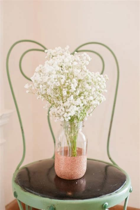 Decorating Vases With Glitter by Glamorous Diy Glitter Vases For Your Wedding Table Decor Weddingomania