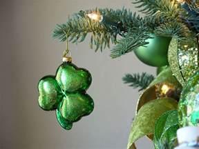decorating an irish themed christmas tree amazing