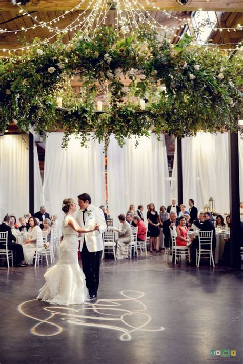 25  best ideas about Chandelier wedding on Pinterest