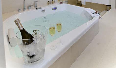 hoteles baratos con jacuzzi en la habitacion barcelona hoteles con jacuzzi en la habitaci 243 n en girona